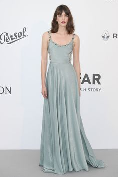 Stacy Martin in Prada - 2017 Cannes Film Festival - Photo: Dominique Charriau Celebrity Red Carpet, Celebrity Dresses, Celebrity Style, Celebrity Beauty, Prada 2017, Lily Collins, Festival Photo, Film Festival, Festival 2017