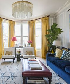 Vintage Interior Design, Home Interior Design, Interior Decorating, Arden House, Vintage Furniture, Modern Furniture, Craftsman Living Rooms, Secret House, English Interior