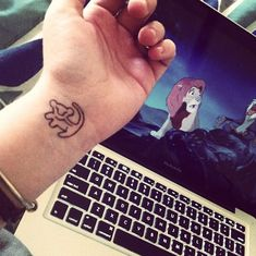 Simba from the Lion King tattoo/pen drawing on wrist by Hillary Brown, me