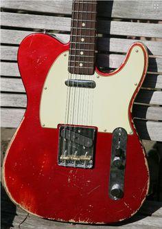 Fender Custom Shop Telecaster ´61 Heavy Relic CAR 2012 Candy Apple Red Guitar For Sale Gitarren-Studio-Neustadt (via http://www.vintageandrare.com/product/Fender-Custom-Shop-Telecaster-61-Heavy-Relic-CAR-2012-26285 )