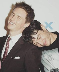 Fantastic Beast: Eddie Redmayne and Ezra Miller Credence Barebone, Fantastic Beasts And Where, Harry Potter World, Film Serie, Hogwarts, Actors & Actresses, Crime, Fangirl, Guys