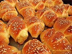 Συνταγές αλμυρές για μπουφέ, παρτυ ,γενεθλια Scones, Hamburger, Food And Drink, Bread, Snacks, Cookies, Greek Beauty, House, Gastronomia