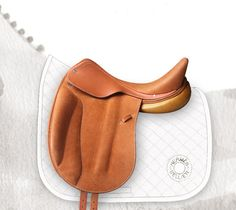 Hermes Cavale dressage saddle in natural