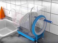 Un pequeño lavavajillas alimentado por energía cinética, nosotros mismos la generamos haciendo girar una manivela, que cabe en cualquier sitio.