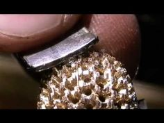 Setting Diamonds. Amazingly detailed with of #diamonds being set into a #ring. 14 hours of work compressed into a 9 minute video. Skill and precision fantastic! - Incastonare i diamanti