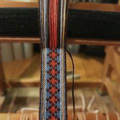 Inkle Weaving, Tablet Weaving, Passementerie, Card Patterns, Band, Margarita, Weave, Inkle Loom, Weaving Looms