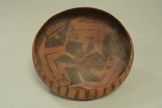 Orangeware Bowl with Fish Design, Paracas culture, Peru, Ica Valley, 3rd century. Metropolitan Museum of Art.