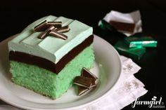 Grasshopper Cake: This creme de menthe cake has layers of moist mint cake, chocolate fudge, and minty whipped cream. Perfect for Christmas or St. Köstliche Desserts, Delicious Desserts, Yummy Food, Green Desserts, Sweet Recipes, Cake Recipes, Dessert Recipes, Baking Recipes, Fudge Brownies