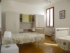 Camere Bed, Furniture, Home Decor, Homemade Home Decor, Stream Bed, Home Furnishings, Beds, Decoration Home, Arredamento