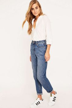 BDG – Vintage-Mom-Jeans in Dunkelblau