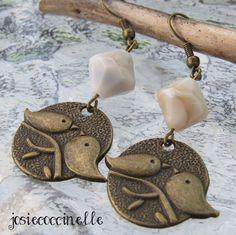 Boucles d'oreille bronzes Les oiseaux gazouillent par JosieCoccinelle : Boucles d'oreille par josiecoccinelle
