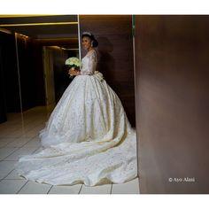First Look! #TheCasuals17 Grace & Yomi Casual's Wedding - BellaNaija