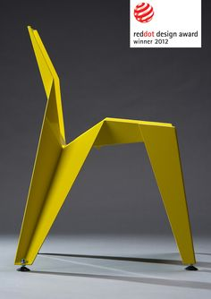 Laser cut aluminum sheeting that is then bent into shape to form the edge chair . From Figos & Diospiros . Chaise Origami, Origami Chair, Cool Furniture, Furniture Design, Urban Furniture, Furniture Chairs, Upholstered Chairs, Contemporary Furniture, Furniture Ideas