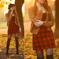 Ariadna Majewska - Brown Jacket, Plaid Black And Red Skirt, Black Boots, Black Tights - Plaid skirt