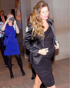 Gisele in a Fabulous Maternity Dress.  More pictures of Gisele in blog post. Like Baby Bump Chic on facebook:  https://www.facebook.com/BabyBumpChic