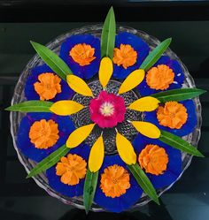 Floating flowers Housewarming Decorations, Diwali Decorations, Wedding Decorations, Flower Rangoli, Flower Mandala, Indian Ethnic, Indian Art, Colorful Rangoli Designs, Diwali Diy