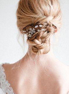 beautiful floral hair combs