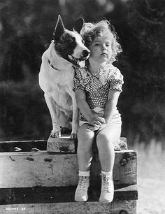 Dog Buster and Shirley Temple. Shirley Temple (born was a well known child actress, singer and dancer. As an adult Shirley Temple Black became Ambassador to Ghana and Czechoslovakia. Vintage Dog, Vintage Children, Vintage Black, Famous Faces, Belle Photo, Old Hollywood, Black And White Photography, Old Photos, Puppy Love