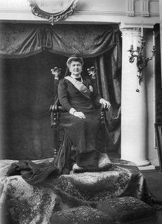 "Marie-Maria ""Miechen"" (Marie Alexandrine Elisabeth Eleonore) (Maria Pavlovna the Elder) (14 May 1854-6 Sep 1920) Mecklenburg-Schwerin, Germany wife of Grand Duke Vladimir Alexandrovitch Romanov (22 Apr 1847-17 Feb 1909) Russia."