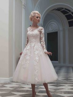 Simple A-line Sweetheart Hand Made Flowers Ball Gown Organza Wedding Dresses_1