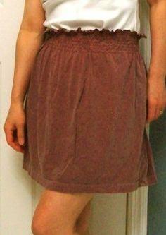 Uma saia a partir de uma tshirt.