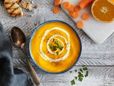Möhren-Orangen-Suppe-mit-Ingwer