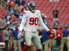 Com bandagem, atleta dos Giants que teve dedos amputados volta a jogar #globoesporte