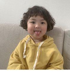 Cute Asian Babies, Korean Babies, Asian Kids, Cute Toddlers, Cute Kids, Cute Baby Meme, Cute Babies Photography, Cute Baby Girl Pictures, Baby Tumblr