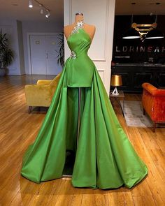 Glam Dresses, Event Dresses, Sexy Dresses, Couture Dresses, Nice Dresses, Fashion Dresses, Prom Outfits, Most Beautiful Dresses, Pageant Gowns