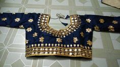 Blouse stuff: Golden Gota Patti work on Dhupian fabric, max one can alter according to size. Work Blouse, Printed Blouse, Blouse Styles, Blouse Designs, Blue Saree, Indian Bridal, Saree Blouse, Indian Fashion, Ready To Wear