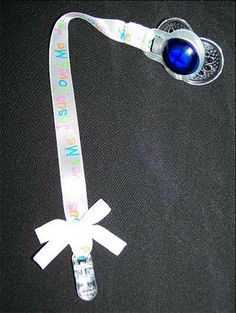 Free Pacifier Clip Instructions: Way awesome! I need to up my ribbon collection!