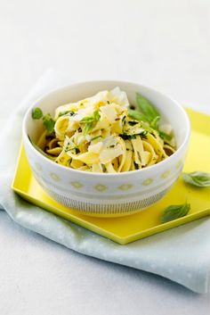 Yrttinen sitruunapasta // Lemon Pasta with Herbs Food & Style Elina Jyväs Photo Joonas Vuorinen Maku 2/2015, www.maku.fi