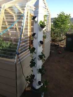 Vertical Hydroponic Garden: How to Build Your Own - Hydroponics is Cool - Home Hydroponics Projects #hydroponicgardening