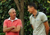 Johan Cruijff en Wim Jonk (r)