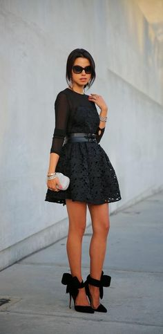 HOLIDAY LUXE - LITTLE BLACK LACE   VivaLuxury   Black heels with bows