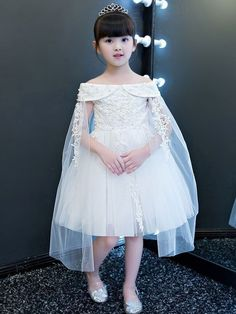 Fashion Clothes For Toddlers Girl Party Wear Frocks, Kids Party Wear Dresses, Kids Summer Dresses, Kids Dress Wear, Baby Girl Party Dresses, Stylish Dresses For Girls, Gowns For Girls, Frocks For Girls, Dresses Kids Girl