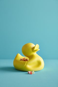 Mr. Ugly Duckling How beautiful can ugly be? Inspired on the famous bathtub duck but than deflated, Mr. Ugly Duckling brightens  every party with it's sunny yellow or golden appearance. Handmade of  ceramic it offers, besides being a deco piece, space to serve your goodies on. Who does not want a Ugly Duckling as a friend!