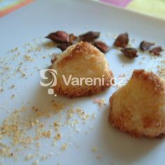 Jemné sněhové pusinky recept - Vareni.cz Czech Recipes, Muffin, Pudding, Czech Food, Breakfast, Morning Coffee, Custard Pudding, Muffins, Puddings