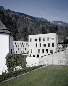 Special School and Dormitory Mariatal / Marte Marte Architects