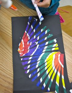 """Moving Line Project """"How to make a line move?""""... is the question that third grade students were asked. We discussed vertical, hori..."""