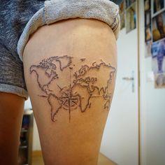 Dotworktattoo mit Kompass Tattoo Studio, Ink, Tattoos, World Maps, Compass, Tatuajes, Japanese Tattoos, Tattoo, Tattoo Illustration