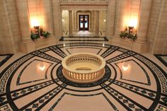 The Manitoba Legislature Bldg, Winnipeg, Manitoba, Canada. Photo by Darrin Penney
