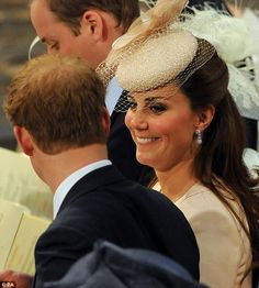 June 2013 ~ The Duke and Duchess of Cambridge join HM Queen Elizabeth II, HRH The Duke of Edinburgh and other members of the royal family in Westminster Abbey for the anniversary of the coronation of Her Majesty The Queen. Duchess Kate, Duke And Duchess, Duchess Of Cambridge, Catherine Cambridge, Prince William And Catherine, William Kate, Prince Philip, Canterbury, Prince Harry