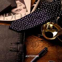 Journal planner by ANTORINI. The new fabulous collection of amazing journals, diaries, agendas and, padfolios. Men's Casual Fashion Tips, Latest Mens Fashion, Fashion Fashion, Dapper Men, Trendy Accessories, Men Style Tips, Fashion Plates, Silk Ties, Journals