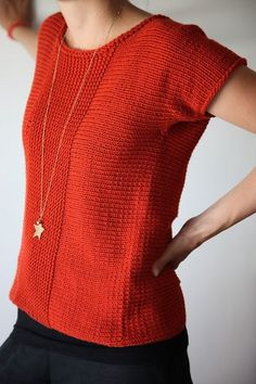 simple simple sweater, maybe I could do this in tunisian crochet