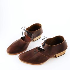 The Javian ABL Backlaced Round Toe 3