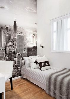 stadtaussicht plakat an der wand im jugendzimmer If you like the images in Teen Bedroom ideas, you c Girl Bedroom Designs, Girls Bedroom, Teen Bedrooms, Bureau New York, Home Stickers, Youth Rooms, Home Decor Bedroom, Bedroom Ideas, Diy Bedroom