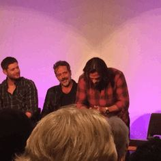 Jared does Dean always washing his face in the show