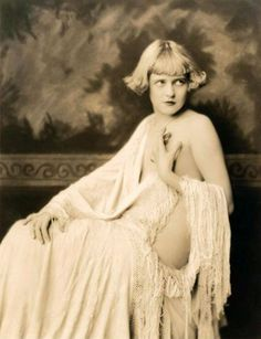 64 Glamorous Portrait Photos of Ziegfeld Girls by Alfred Cheney Johnston From the Late 1910s to Early 1930s ~ vintage everyday