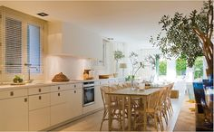 Bright, casual eat-in kitchen